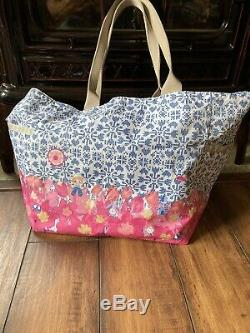 Lesportsac Disney Its A Small World Blooming Joy Picture Tote Bag w Kalie Charm